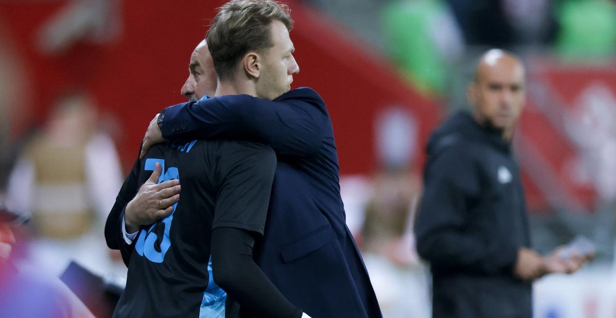 Сафонов не рассказал, почему его взяли на Евро-2020 - фото