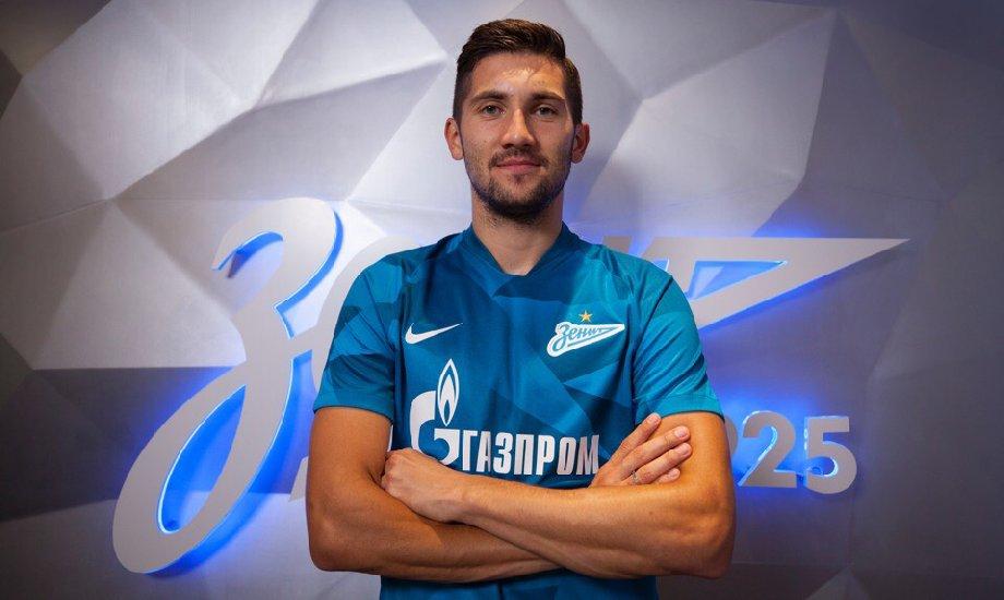 Алексей Сутормин высказался о недовольстве касательно зарплат футболистов  - фото