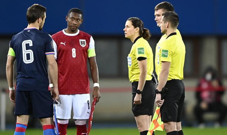Червиченко — о назначении женщины главной судьей на матч Андорра — Англия: Футбол не женский вид спорта - фото