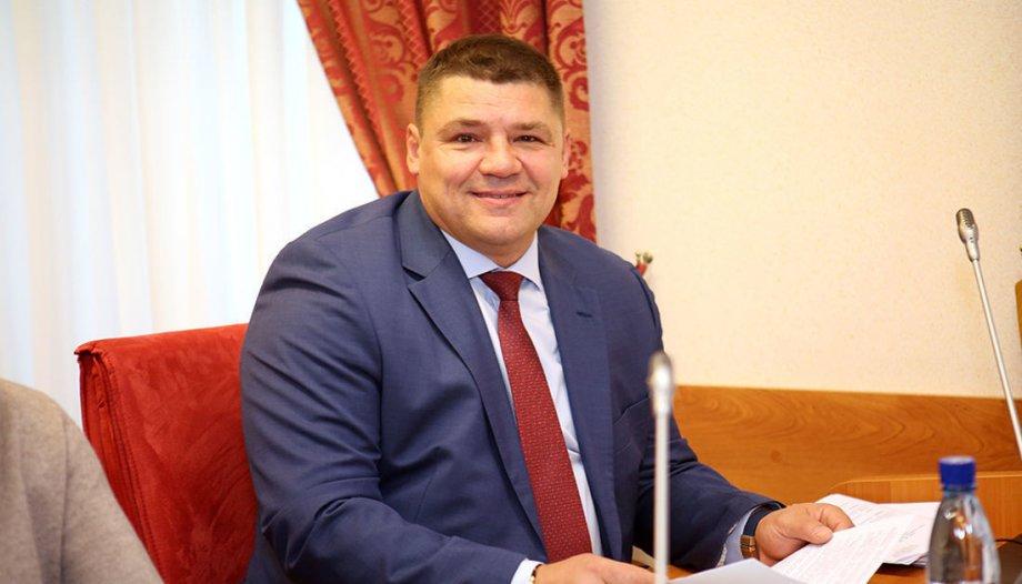 Экс-глава Профсоюза игроков КХЛ Коваленко выступил за сокращение иностранцев в Лиге - фото