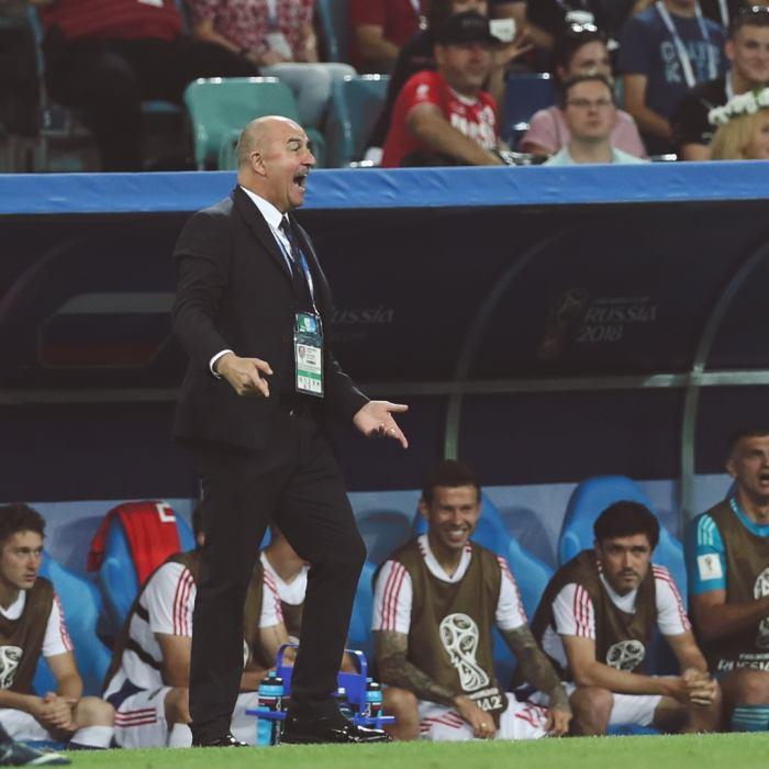 Черчесов отказался от предложения возглавить сборную Ирака - фото