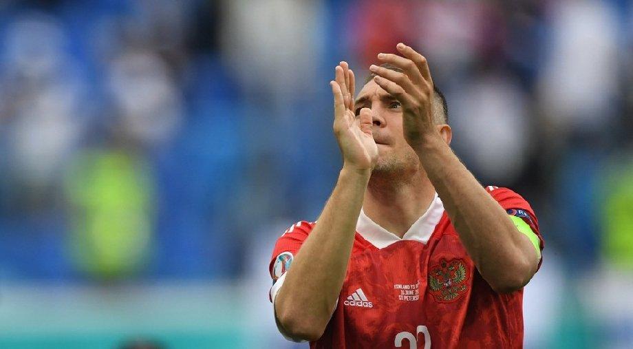Карпин отреагировал на отказ Дзюбы от вызова в сборную России - фото