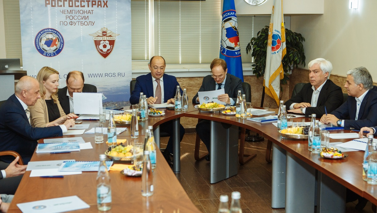 «Оренбург», «Крылья Советов» и «Енисей» приняты в РФПЛ - фото