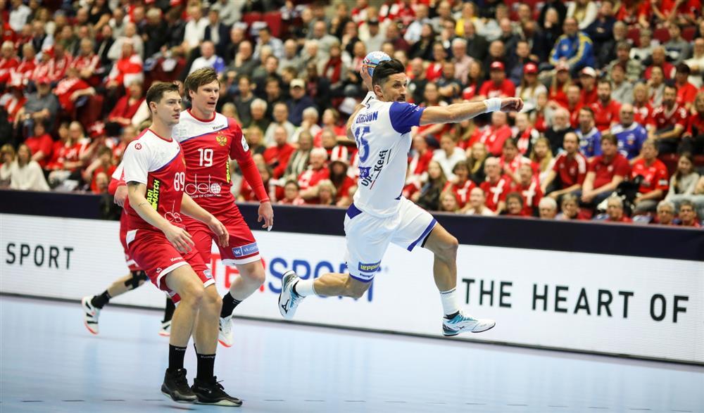 Сборная России проиграла все матчи чемпионата Европы и пропустит Олимпиаду - фото