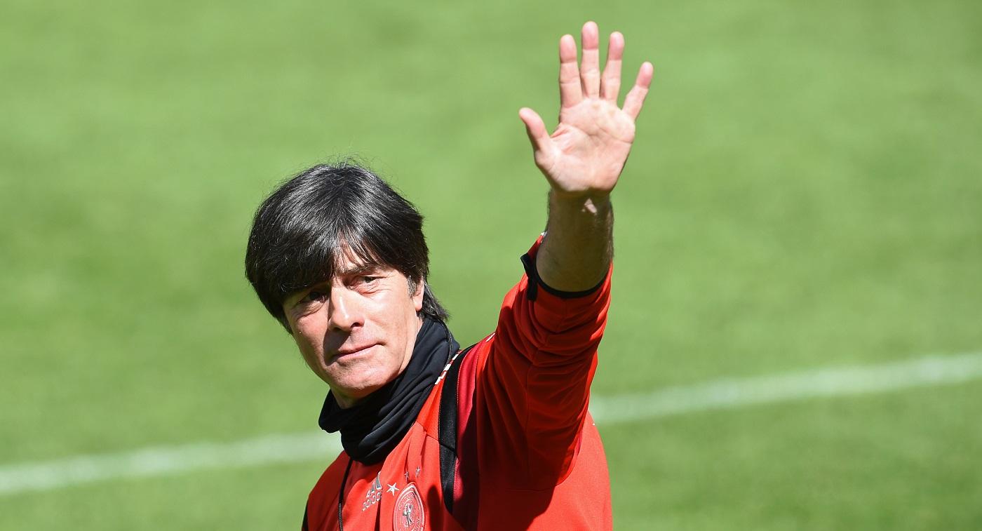 «На него уже насмотрелись»: Германия обсуждает отставку Лёва и ищет ему преемников - фото