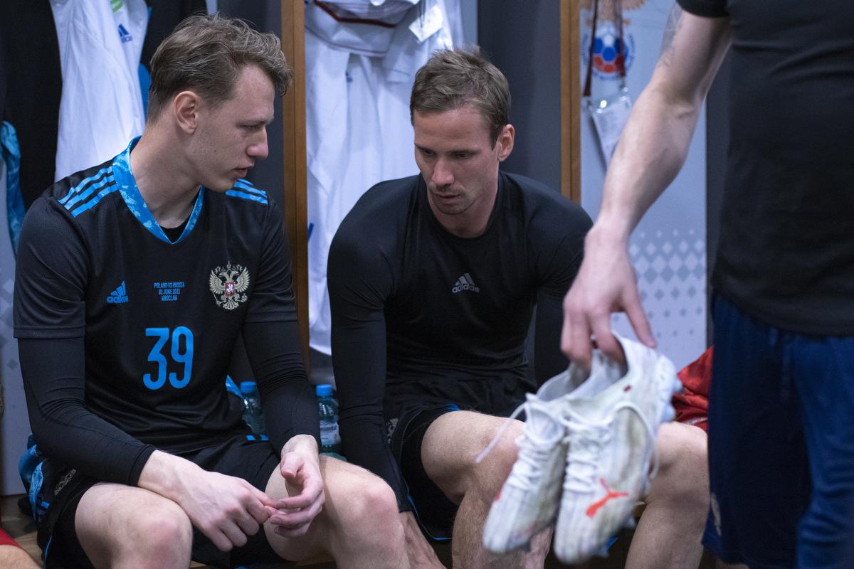 Бывший главный тренер сборной России посоветовал Черчесову, кем заменить Шунина - фото