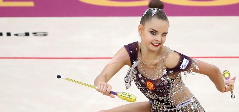 Сестры Аверины завоевали первое золото и серебро после Олимпиады-2020 - фото