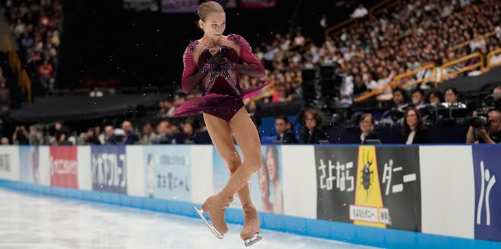 Россия против Японии: кто первым сделает прыжок в пять оборотов - фото