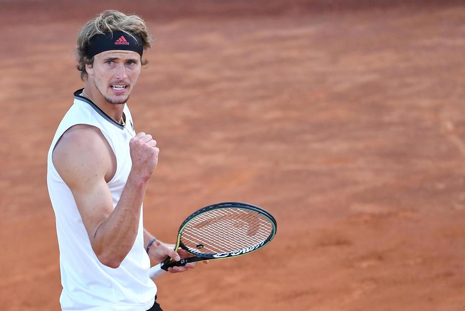 Зверев вышел в четвертьфинал «Мастерса» в Риме - фото