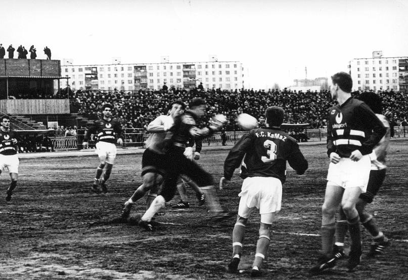 Работал на заводе, играл в еврокубках, отсидел 13 лет за участие в ОПГ: история Эдуарда Югрина - фото