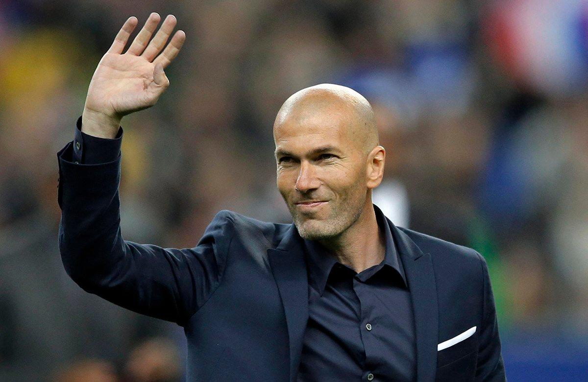 Зинедин Зидан сообщил игрокам «Реала» в раздевалке о том, что покидает клуб - фото