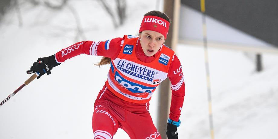 Истомина победила в масс-старте на чемпионате России - фото