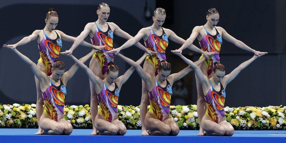 Ромашина и Колесниченко принесли второе золото России на Олимпиаде-2020 - фото