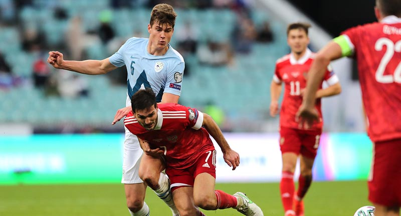 Бийол заявил, что матч против сборной России будет для него особенным - фото
