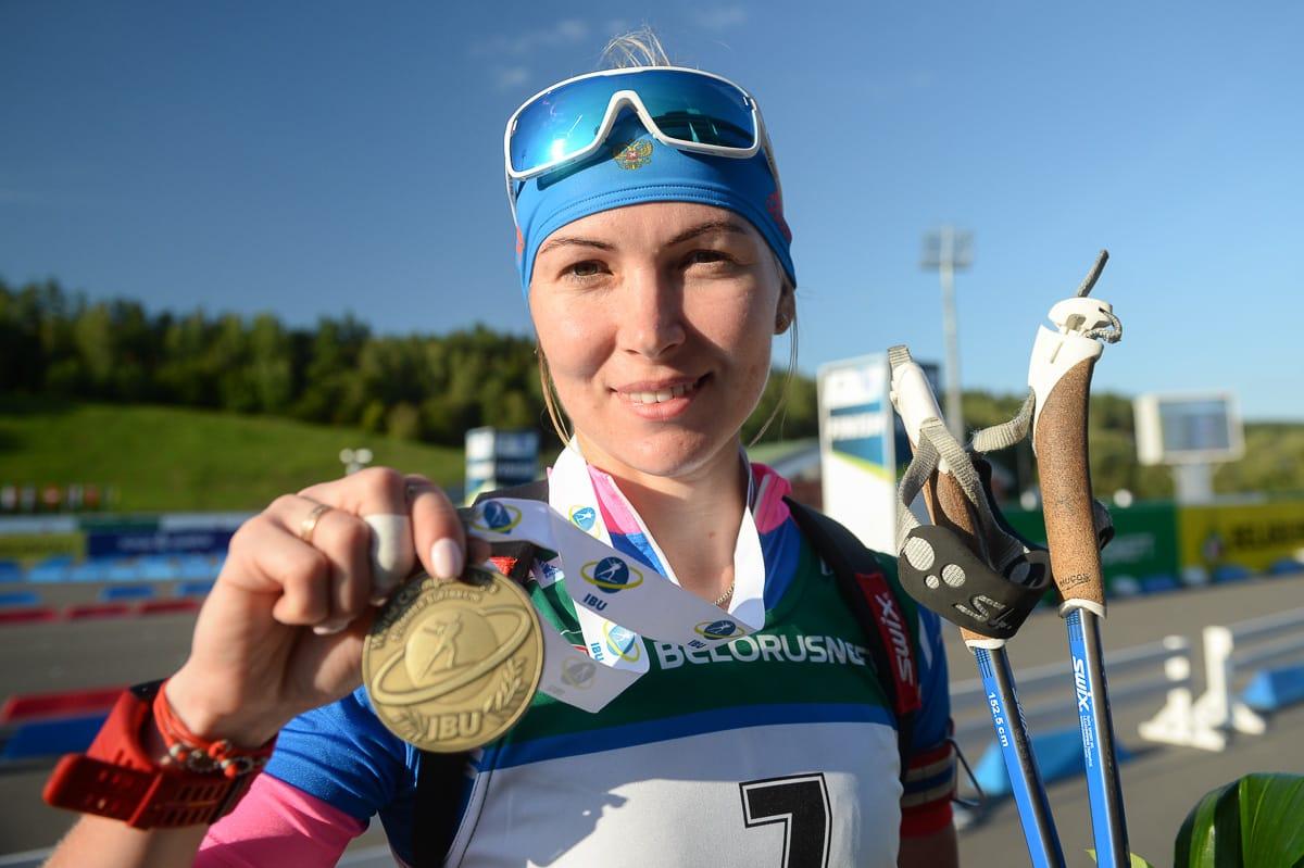 Глазырина и Латыпов взяли бронзу на чемпионате мира по летнему биатлону - фото