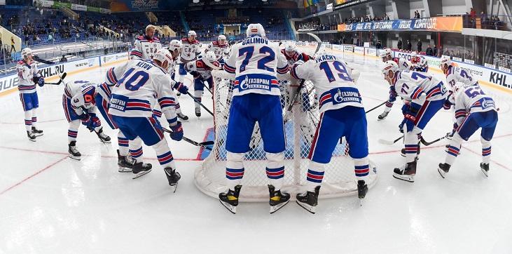СКА из-за травмы потерял капитана Кетова в дебютном матче нового сезона КХЛ с «Нефтехимиком» - фото