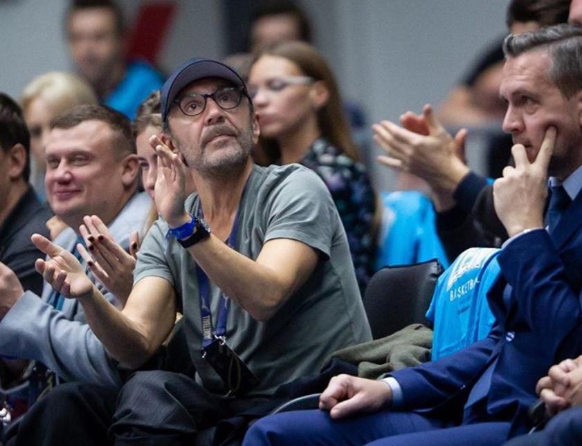 Сергей Шнуров на баскетбольном тест-драйве - фото