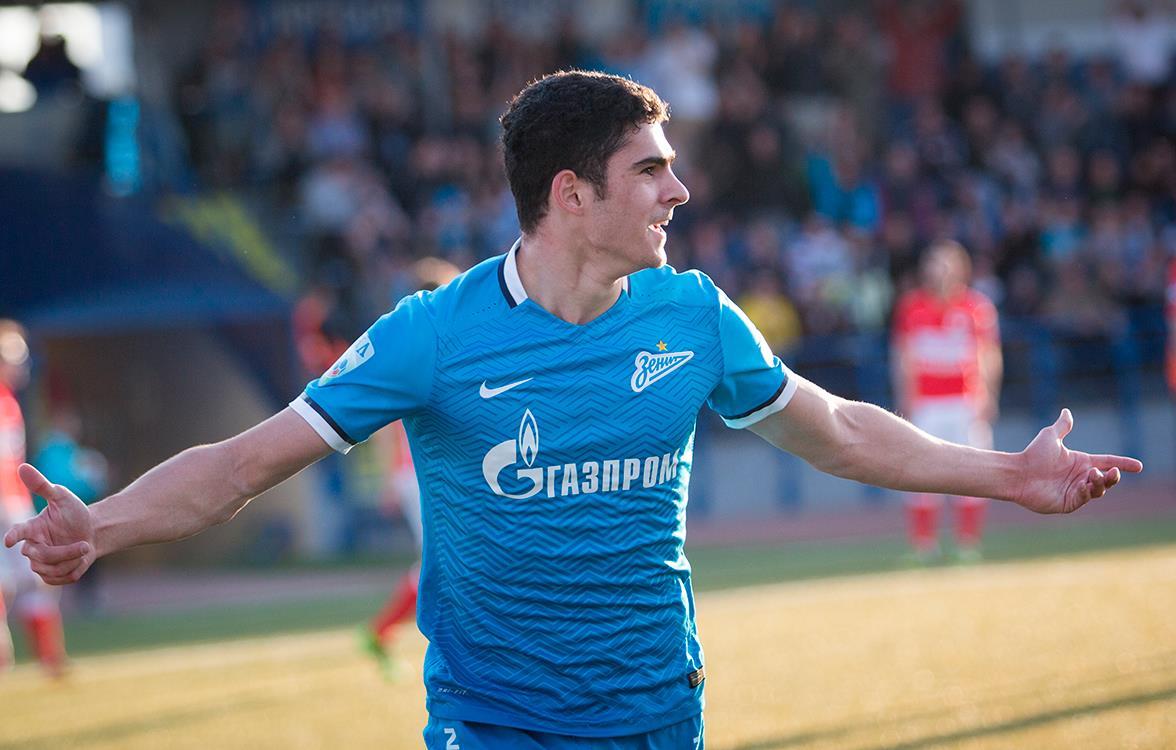 Рамиль Шейдаев в очередной раз сменит клуб, он нигде не задерживается больше сезона - фото