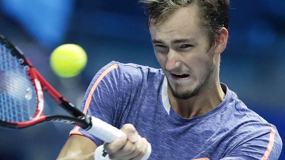 Медведев стал триумфатором турнира в Сиднее - фото