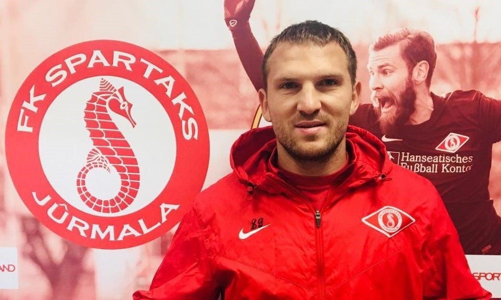 Воспитанник «Спартака» должен был превратиться в звезду футбола. Но стал рекордсменом России по смене клубов - фото