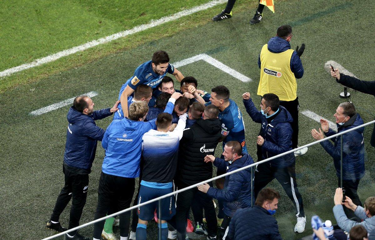 Фанаты «Зенита» пошли против своей команды. Артем Дзюба стал врагом номер один - фото
