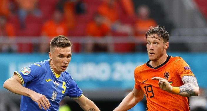Первый канал не показал гимн Украины перед игрой против Нидерландов - фото