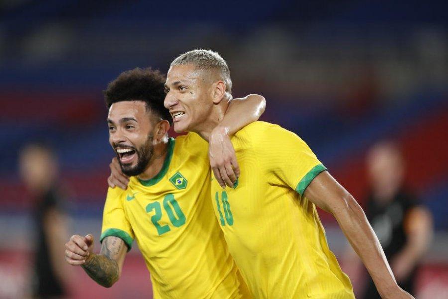 В Бразилии сообщили,  сколько «Зенит» заплатит за переход Клаудиньо