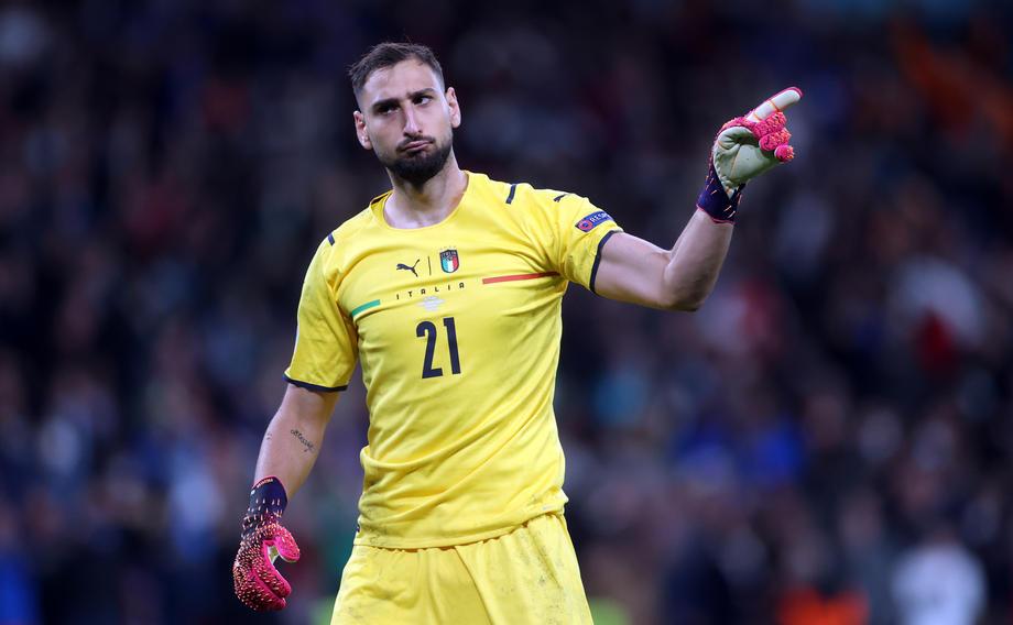 Полузащитник сборной Италии рассказал о переходе Доннаруммы в ПСЖ - фото