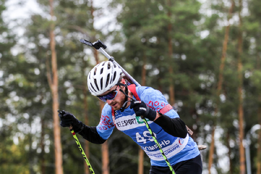 Бабиков одержал победу в индивидуальной гонке на чемпионате России - фото