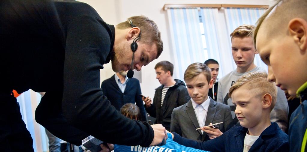 Александр Кокорин: «Зенит» станет чемпионом, надеюсь встречусь с Путиным - фото