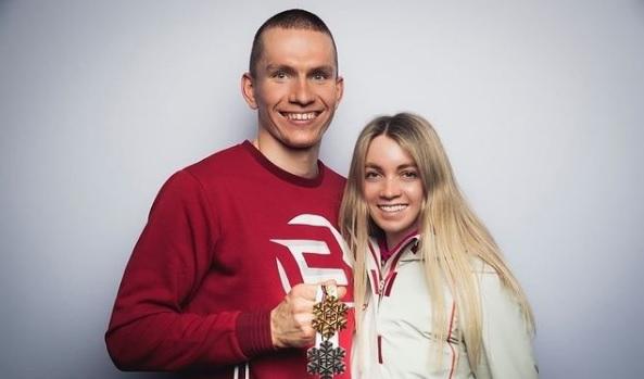 Большунов и Жеребятьева стали мужем и женой - фото