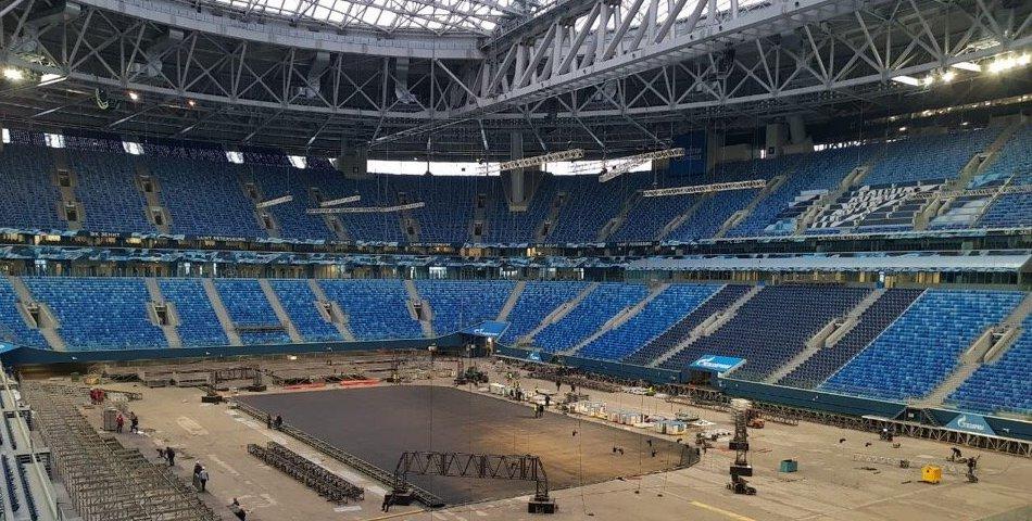 «Зенит» опубликовал фото «Газпром арены». Внутри нее пустынно, холодно и много льда - фото