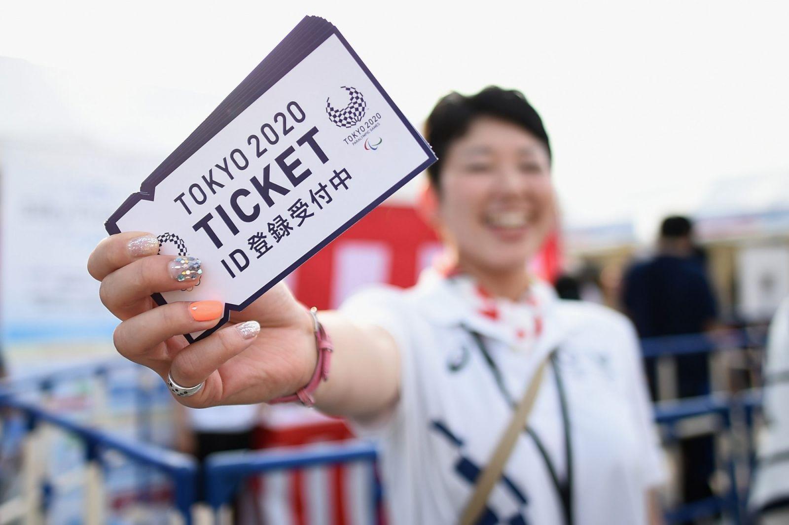 Российским болельщикам вернули деньги за билеты, приобретенные на Игры в Токио - фото