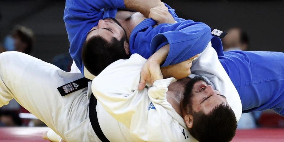 Бронзовый призер Олимпиады-2020 Башаев заявил, что его сопернику помогали судьи - фото