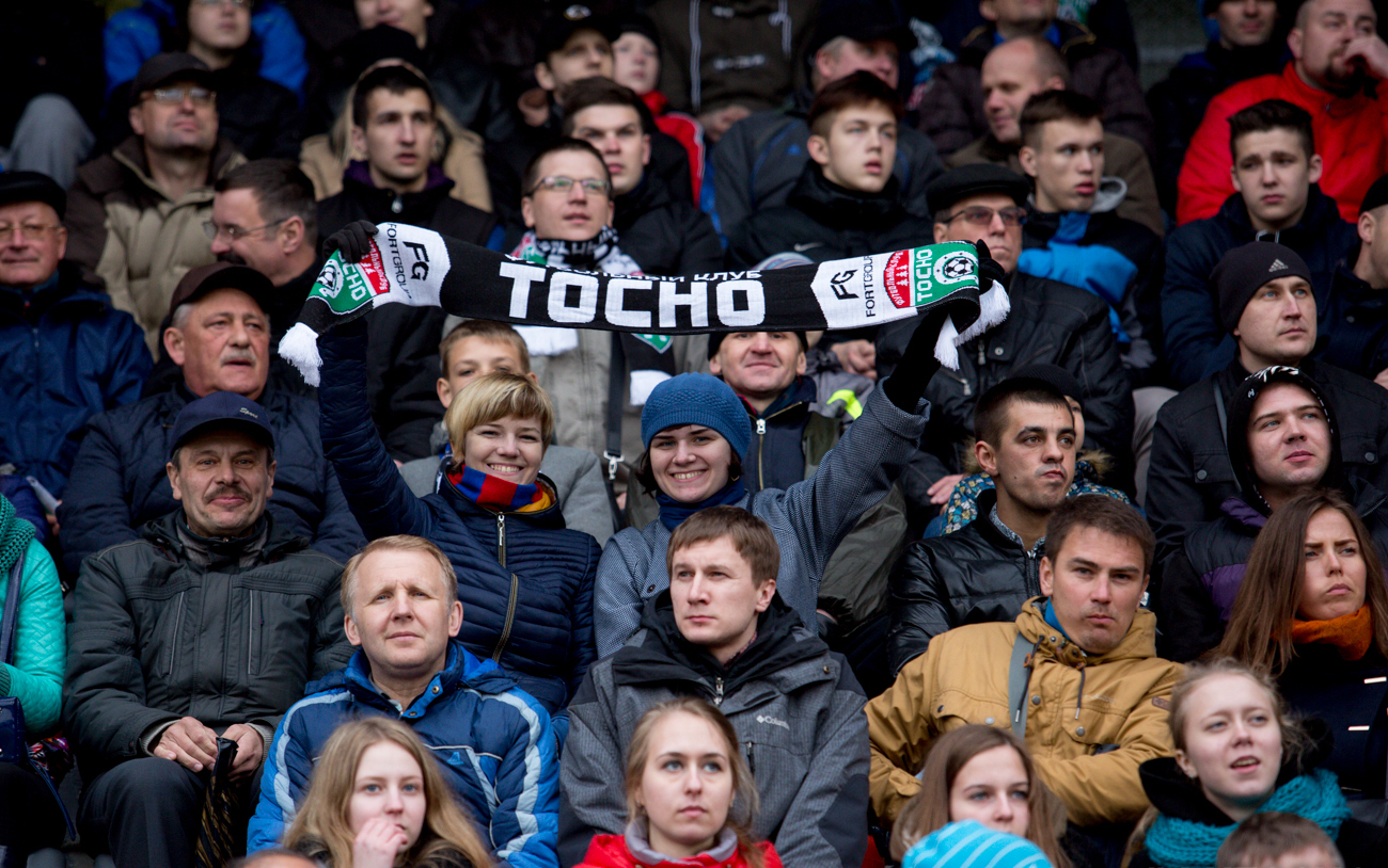 Гости Новгорода, ходите на футбол через Кремль! (ФОТО) - фото