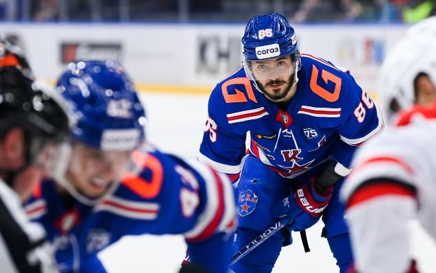 Нападающий СКА Марченко извинился за гол в свои ворота - фото