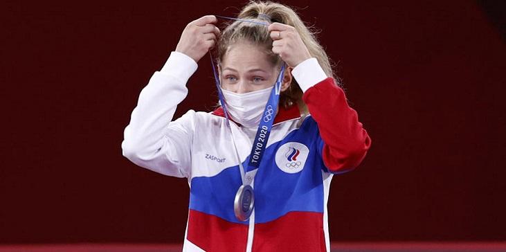 Тхэквондистка Минина рассказала, кому посвятила серебро Олимпиады-2020 - фото
