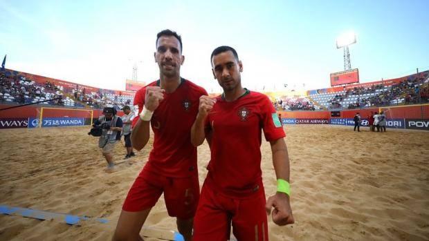 Португалия стала трехкратным чемпионом мира по пляжному футболу - фото