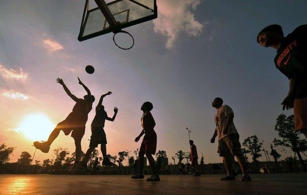 Питер, где играть в баскетбол? - фото
