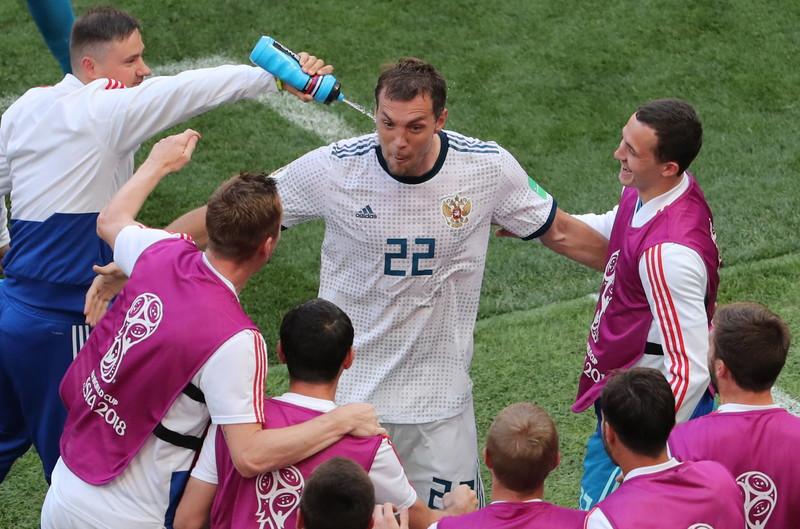 Дзюба опроверг слова Семака, отказавшись от игр за сборную России  - фото