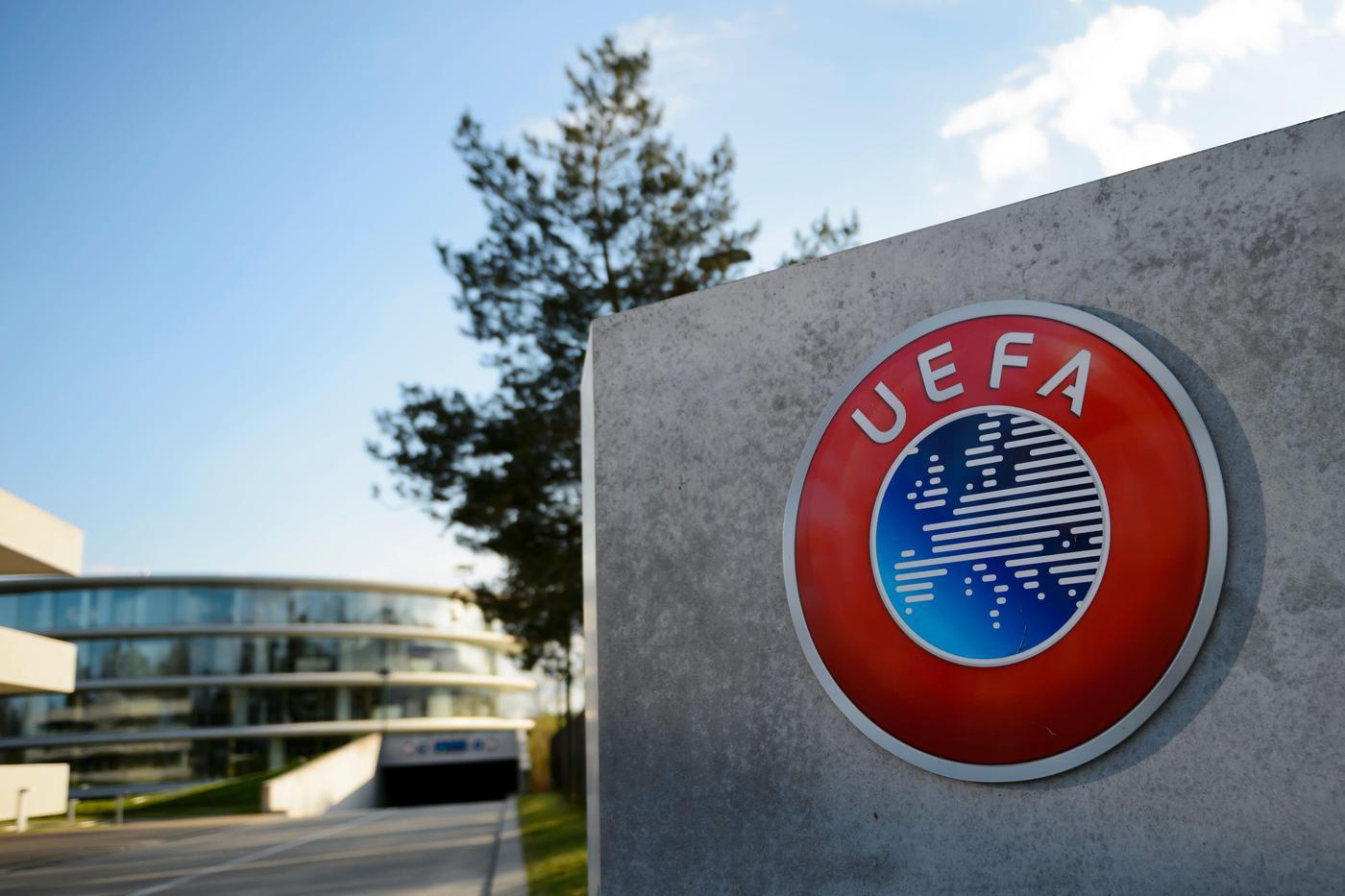 В Белоруси отменены все запланированные мероприятия УЕФА - фото