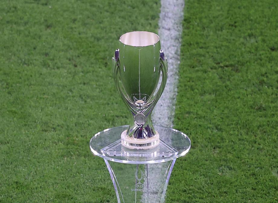 Матч за Суперкубок УЕФА пройдет со зрителями - фото