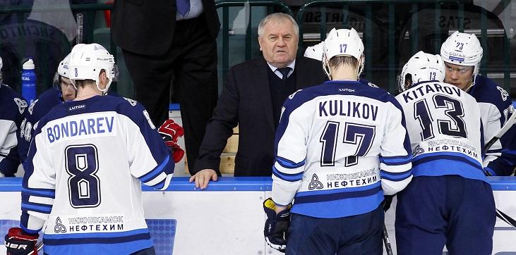 Владимир Крикунов: Стоит мой игрок с автоматом. «В город не пущу!» — говорит. Армия разворачивается, вертолет улетает - фото