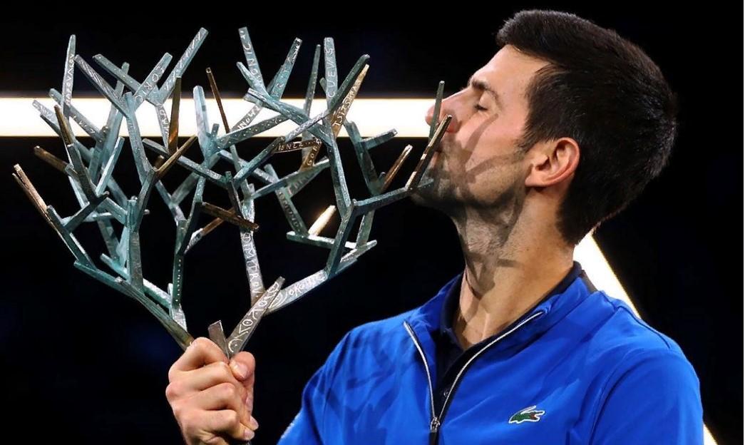 Джокович почтил память Коби Брайанта после победы на Australian Open - фото