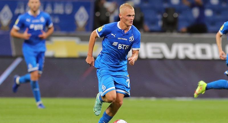 Агент Тюкавина заявил, что форвардом интересовался европейский клуб - фото