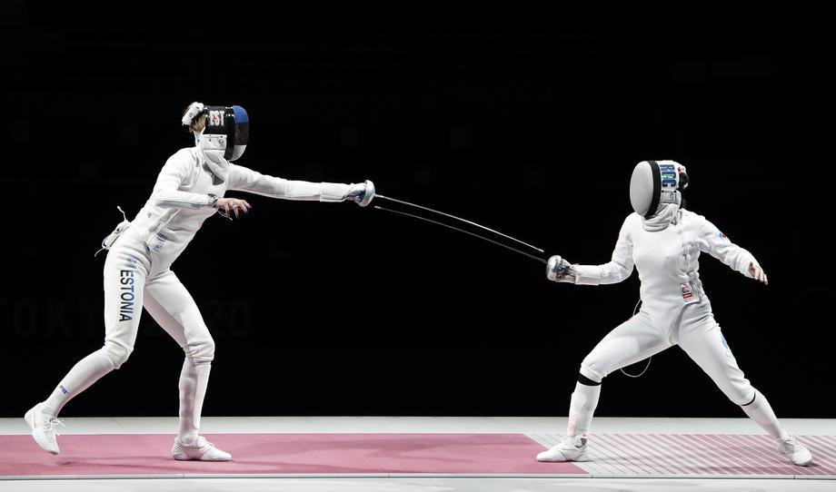 Шпажистка Муртазаева не сумела завоевать бронзу ОИ-2020 - фото