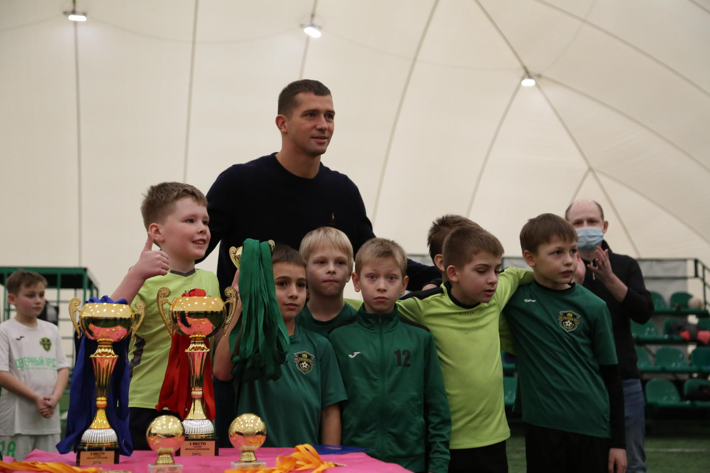 Михаил Кержаков помог провести детский футбольный турнир - фото