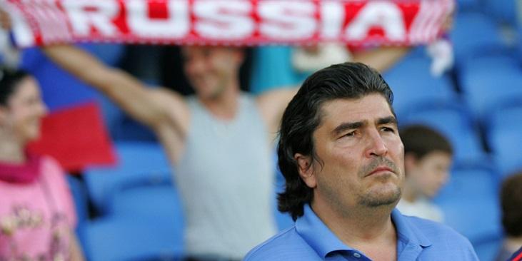 Мостовой не понимает, почему Писарев вошел в тренерский штаб сборной России - фото