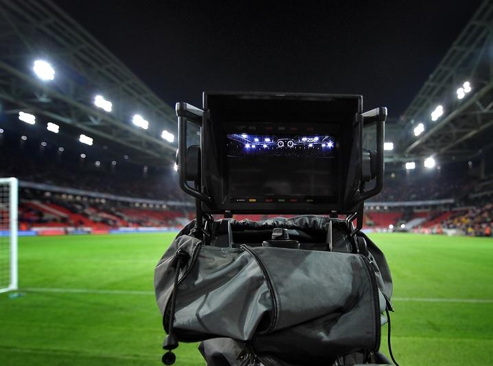 ФИФА будет использовать систему VAR на ЧМ-2018 - фото