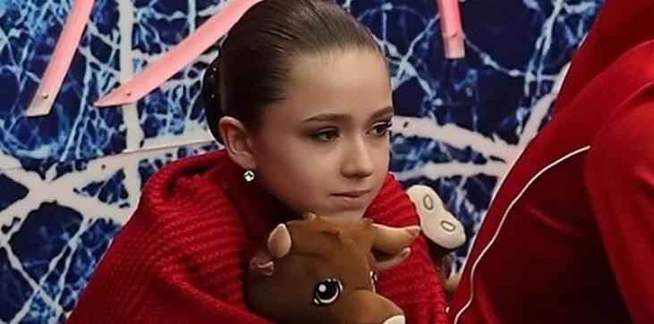 Сотникова не считает Валиеву фавориткой Олимпиады-2022 - фото